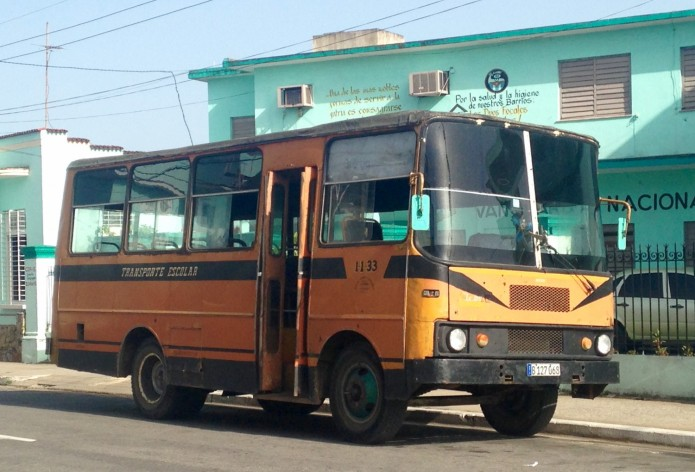bus from cuba
